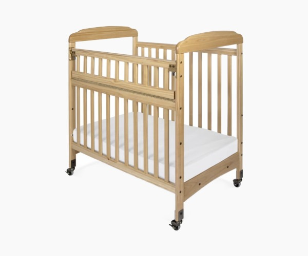 Foundation's Serenity Safereach Compact Portable Crib