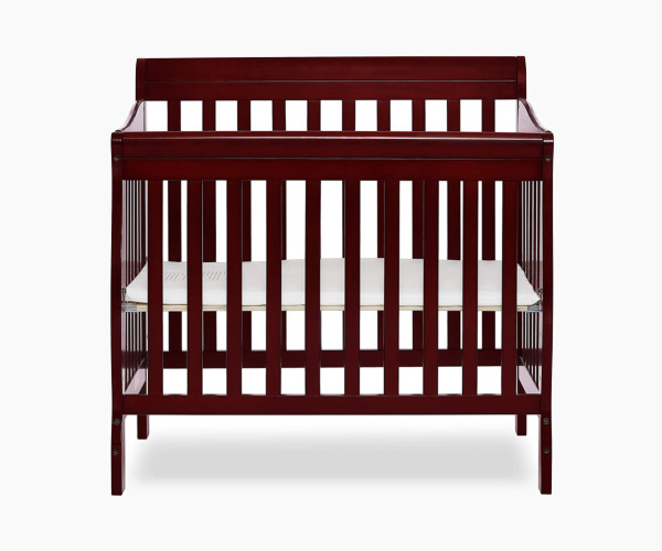 7. Dream On Me 4 in 1 Aden Convertible Baby Crib